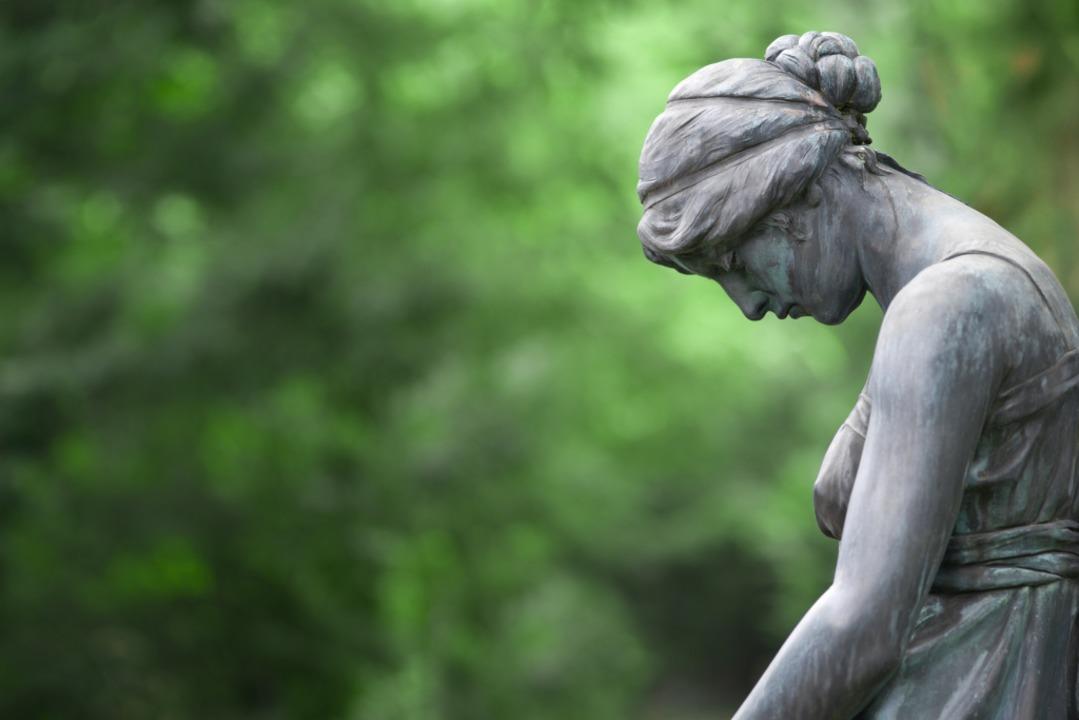 Ältere Menschen mit Depression sind  o... um sich selbst Hilfe zu organisieren.  | Foto: eyetronic - stock.adobe.com