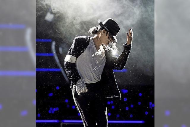 In der Sick-Arena wird die Lebensgeschichte des King of Pop erzählt