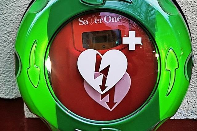 Vier öffentliche Defibrillatoren für Kippenheim
