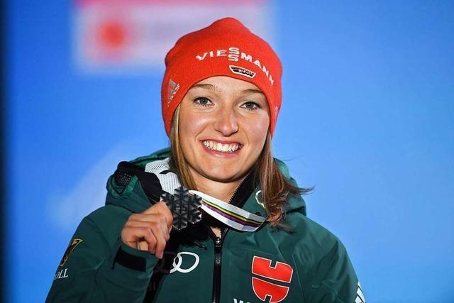 Die Skispringerinnen kämpfen für ihre eigene Vierschanzentournee