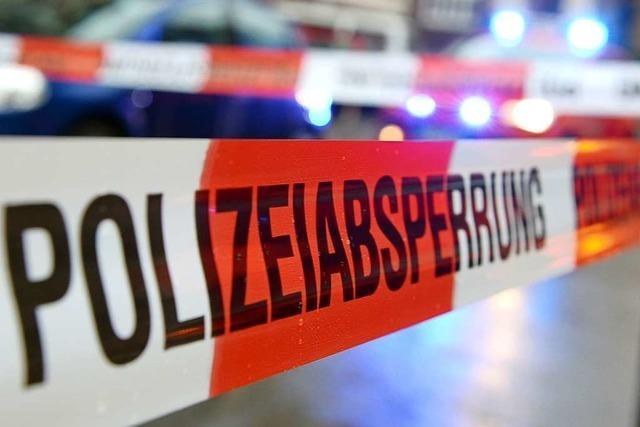 Unfall mit drei Autos in Heitersheim auf der B3 vor dem Kreisel