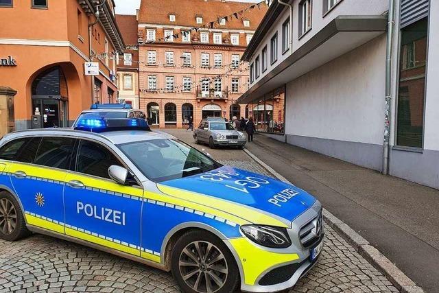 Sparkasse in Lahr überfallen – Täter in der Stadt auf der Flucht