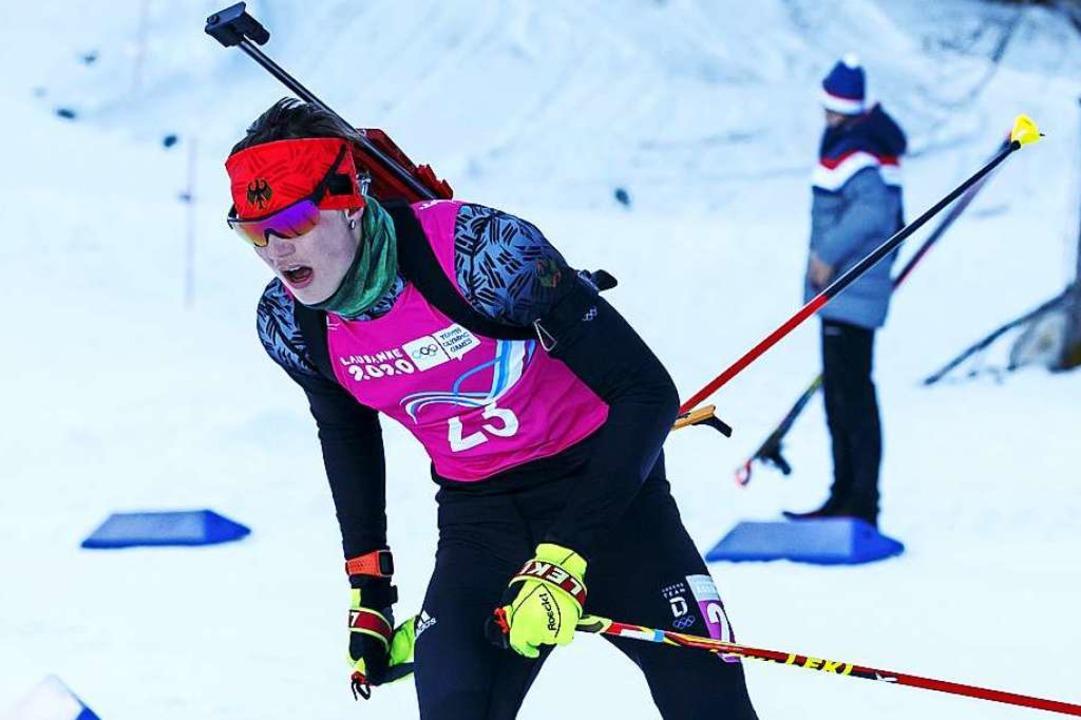 Platz vier, neun und 25: Elias Asal am... größten deutschen Biathlon-Talenten.   | Foto: Salvatore Di Nolfi (dpa)