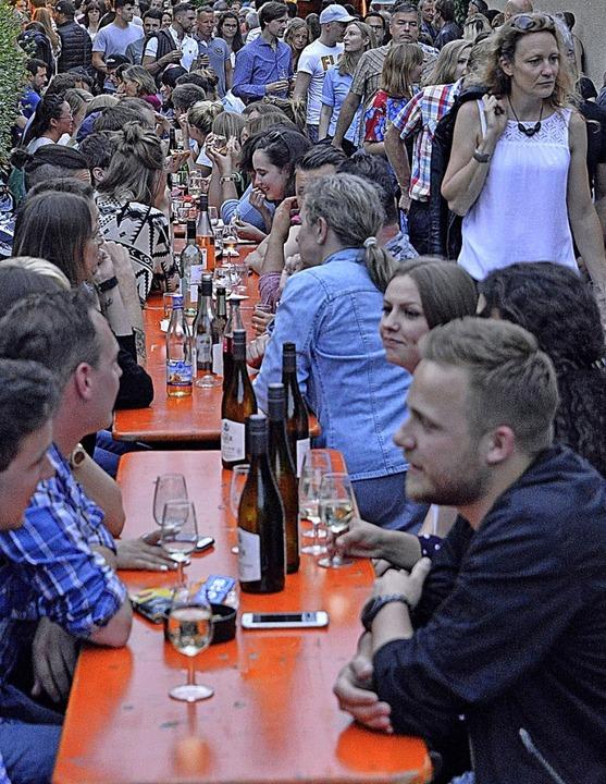 Nicht nur auf dem Weinfest wie hier in...unktioniert das Miteinander recht gut.  | Foto: Michael Bamberger