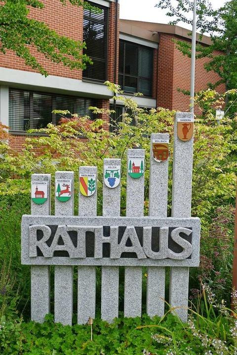 Rathaus-Chef gesucht: Ab Samstag werde...n Kandern offiziell entgegen genommen.  | Foto: Victoria Langelott