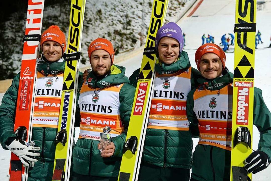 Die deutschen Skispringer Karl Geiger,... DSV-Adler in diesem Jahr abschneiden?  | Foto: Patrick Seeger