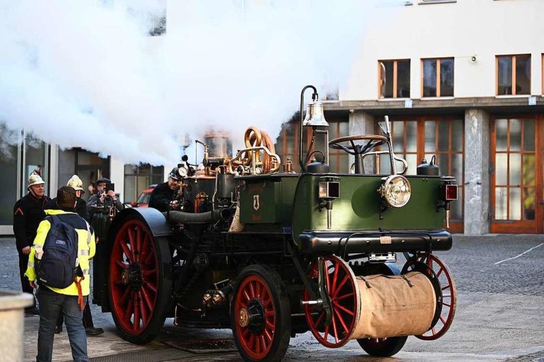 Die Dampfspritze im Hof der Berufsfeuerwehr  | Foto: Jonas Hirt