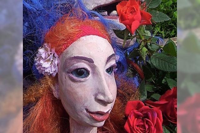 Manfred Künster lässt seine zauberhaften Puppen tanzen
