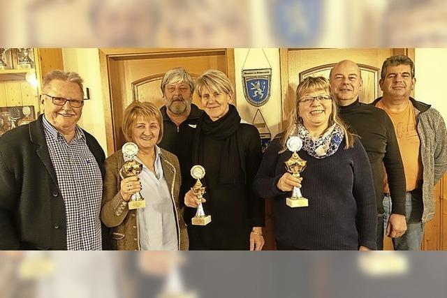 Otmar Ganter und Claudia Müller holen Wanderpokal