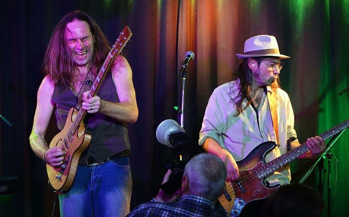 Die alten Rockklassiker lebten wieder ...CD-Aufnahme live mitgeschnitten wurde.  | Foto: Roswitha Frey