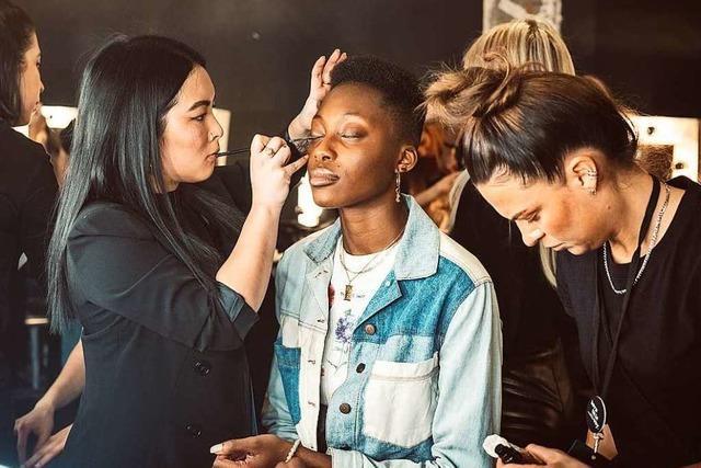 So präsentiert eine Südbadenerin ihre Mode auf der Berliner Fashion Week