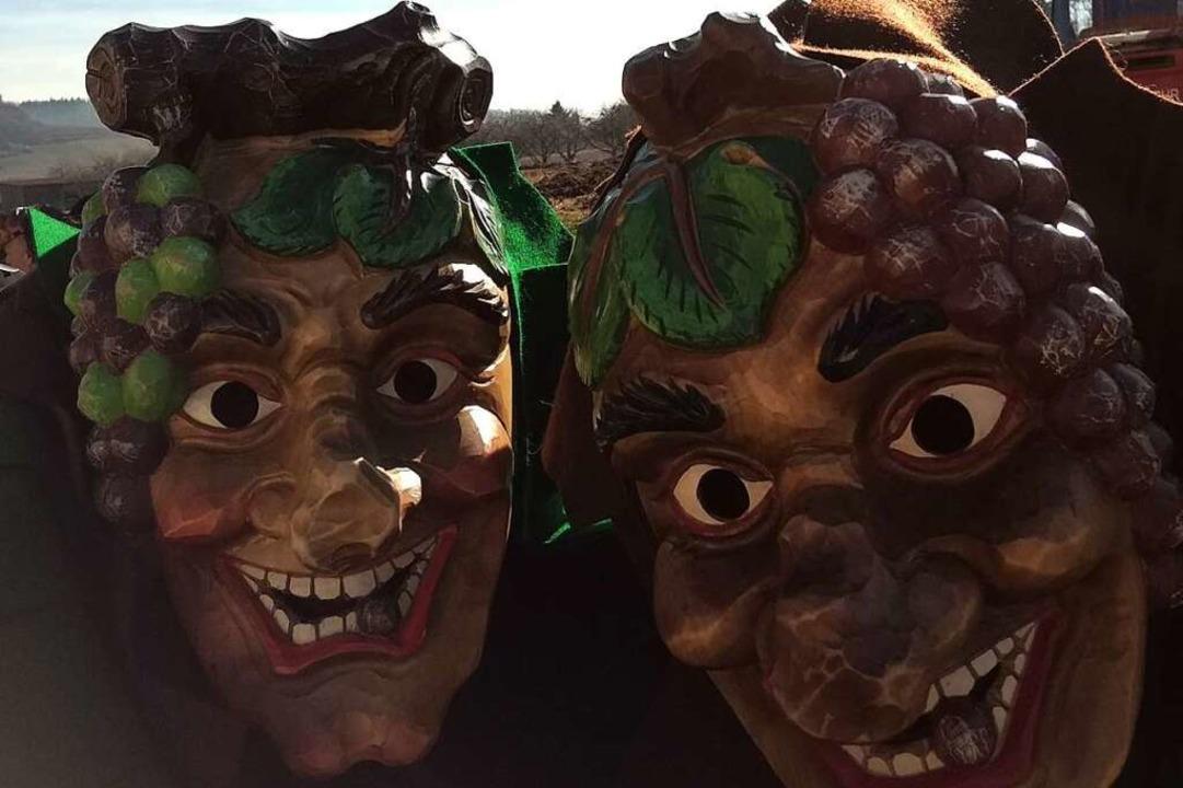 Die Maske der Auggener Rebchnure, aus ...herausgeschnitzt, ist sehr freundlich.  | Foto: Rebchnure