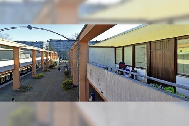 Räumlichkeiten im EKZ-Obergeschoss sind erstmal zwischenvermietet
