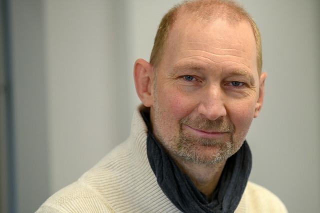 Fußball-Europameister Dieter Eilts arbeitet jetzt an einer Grundschule
