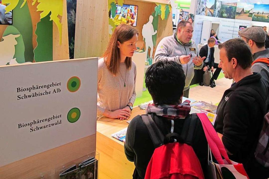 Besucher der CMT fragen nach Urlaubsmö...sphärengebiets Schwarzwald in Schönau.    Foto: BSG