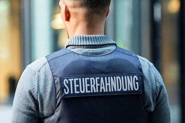 Steuerfahnder in Baden-Württemberg bekommen Schutzwesten