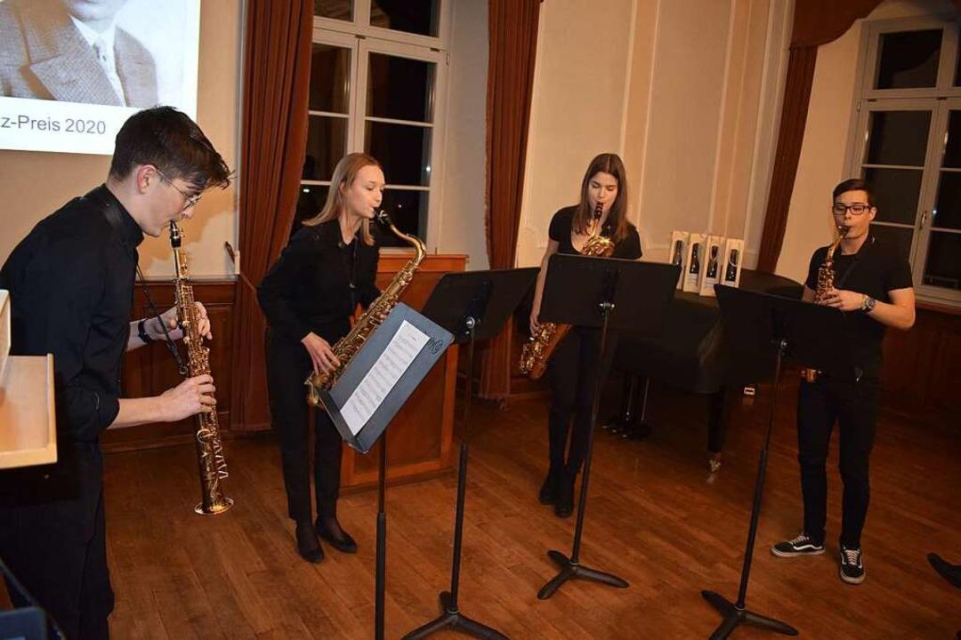 Das Saxofonquartett der Musikschule Ba...ingen sorgte für einen würdigen Rahmen  | Foto: Krug