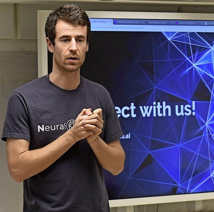 Felix Laumann aus Stühlingen entwickel...Neu Delhi in Indien Computerprogramme.  | Foto: Zohreh Kazemianpour