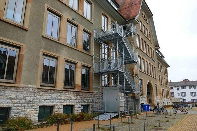 4 Räume eines Lörracher Gymnasiums sind seit Wochen gesperrt