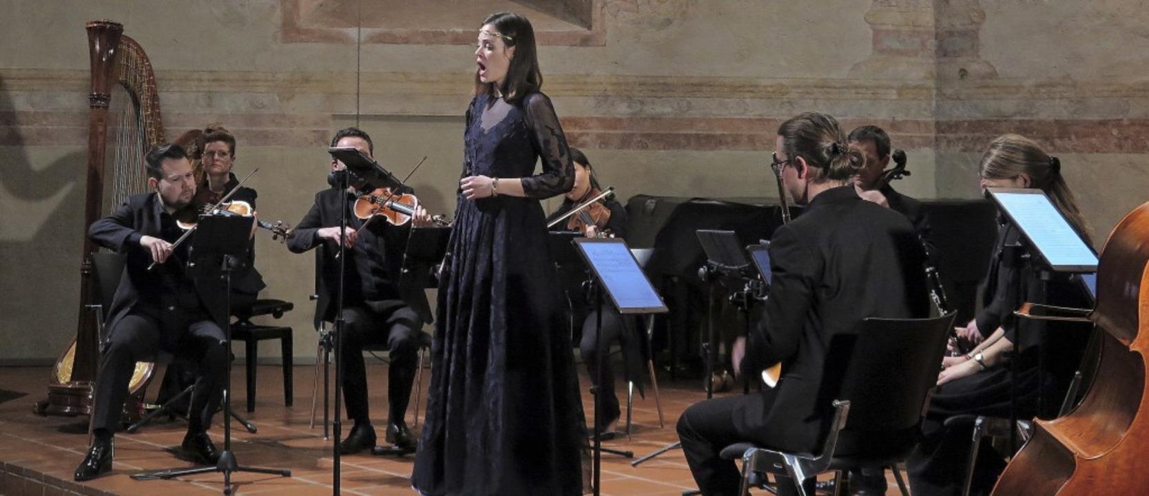 Konzert mit einer echten Fee: Das Ense...usverkauften Müllheimer Martinskirche.  | Foto: Dorothee Philipp