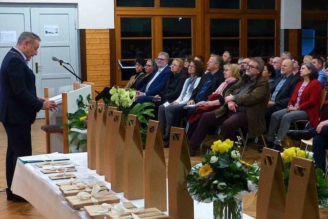 Fraktionen distanzieren sich von Aussagen in der Neujahrsrede des Bürgermeisters