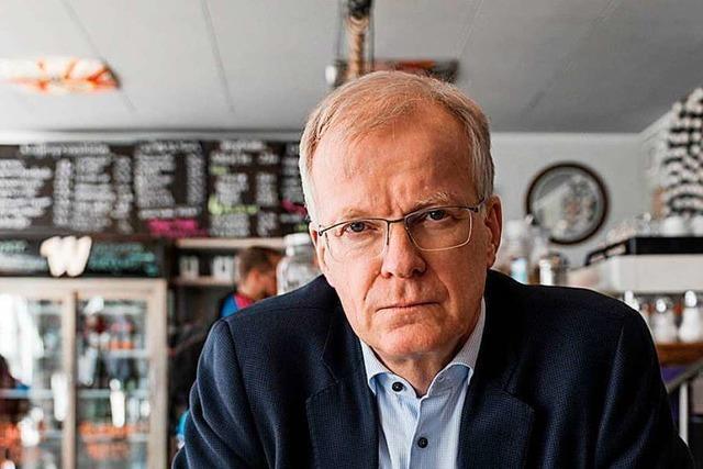 Lyriker Henning Ziebritzki erhält Peter-Huchel-Preis