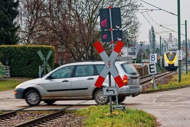 Bahnübergang am Kaiserstuhl nervt Anwohner - weil die Züge hupen