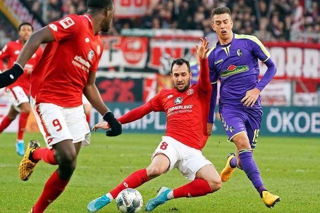 Fotos: Gegen Mainz zeigen die SC-Spieler beim 2:1-Sieg eine souveräne Leistung