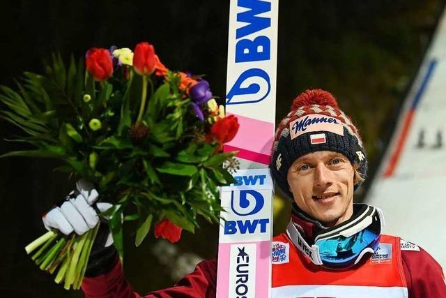 Dawid Kubacki gewinnt den ersten Weltcup in Titisee-Neustadt