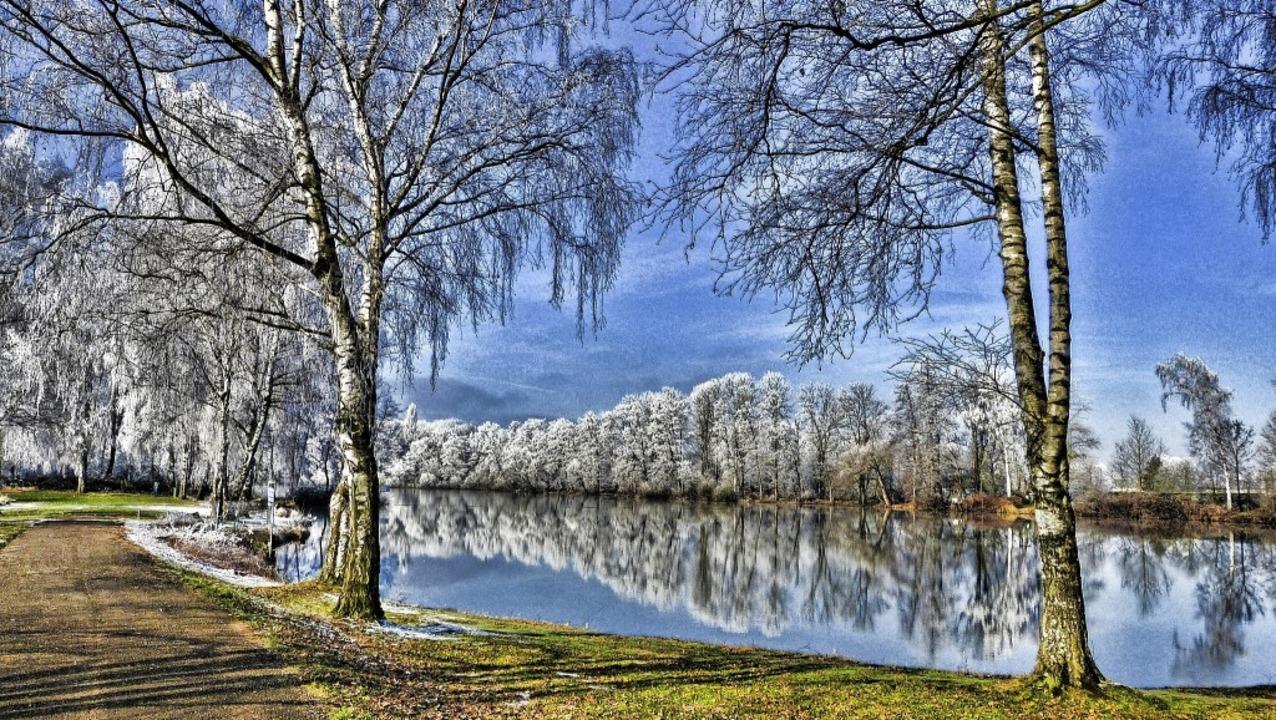 Der Köndringer Baggersee hat auch im Winter seinen Reiz.    Foto: Aribert Rüssel