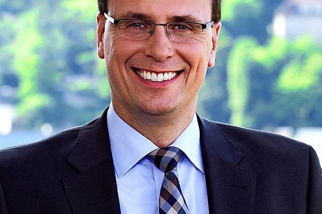 Volker Schebesta spricht im Kolpinghaus Weil-Haltingen