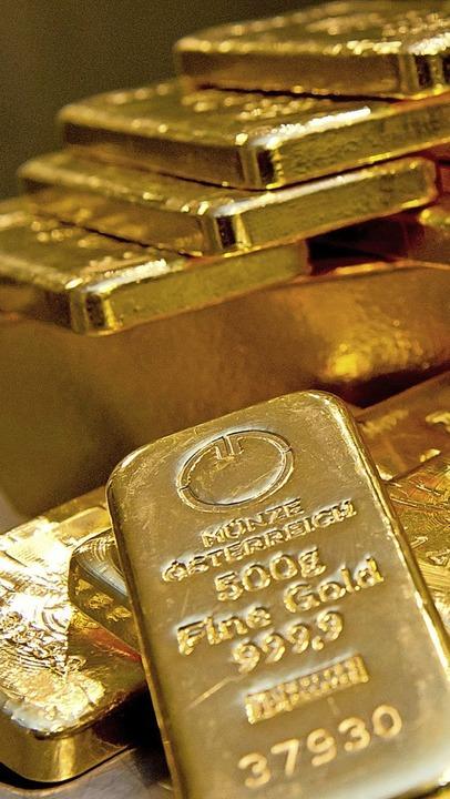 Um Goldbarren (Symbolfoto) drehte sich...chen Kunden mit einer Schweizer Bank.   | Foto: Sven Hoppe