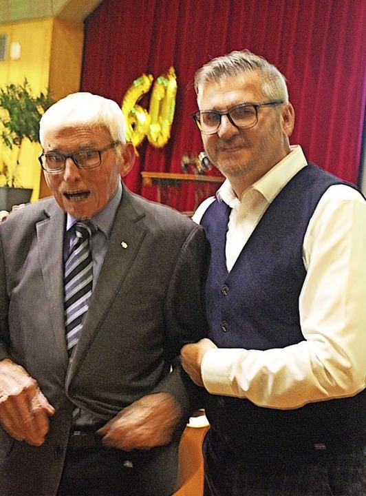 Senior-Chef Alois Volk mit Uli Volk.  | Foto: Bernd Fackler