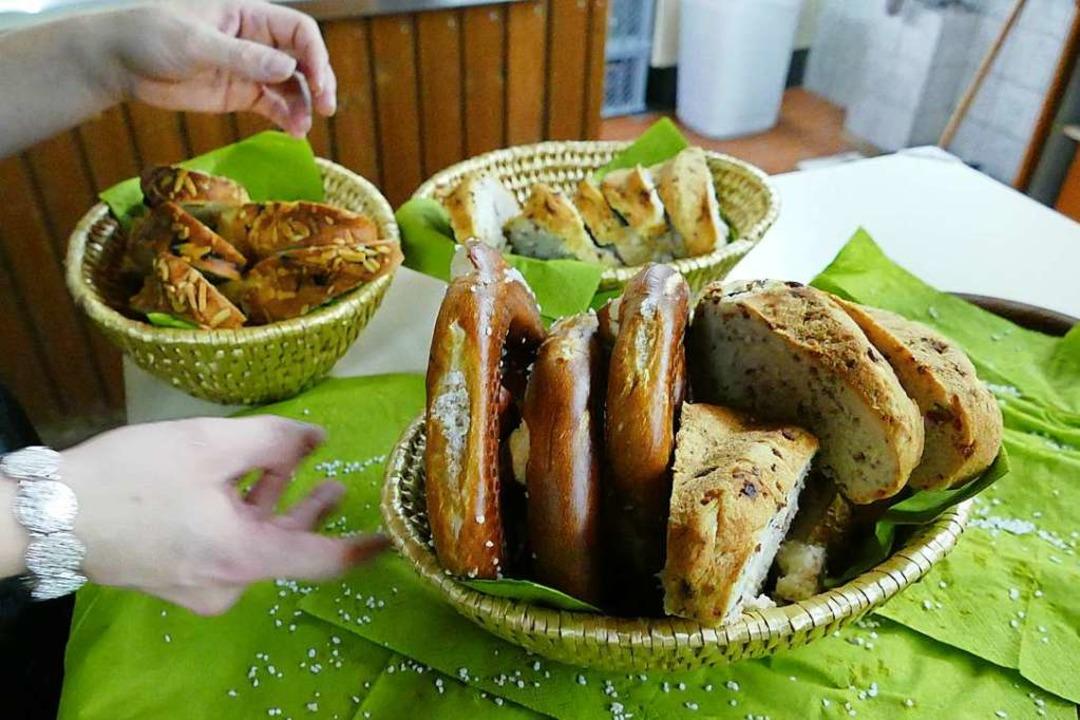 Und das gibt's traditionsgemäß b...upf, wahlweise mit Rosinen oder Speck.    Foto: Victoria Langelott