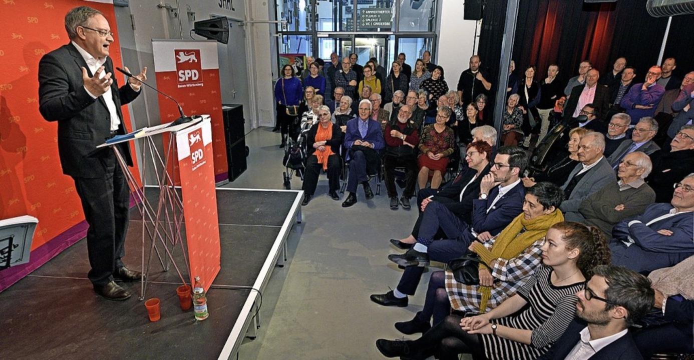 <BZ-FotoAnlauf>Gutes Neues (1):</BZ-Fo...auf ein optimistisches Jahr 2020 ein.     Foto: Thomas Kunz