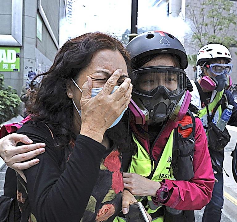 Bei den Protesten in Hongkong wurde wieder Tränengas eingesetzt.    Foto: Ng Han Guan