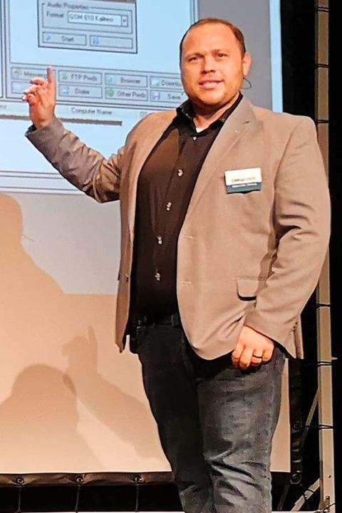 Raimond Kiess erklärt gängige Hackermethoden.  | Foto: Nele Augenstein