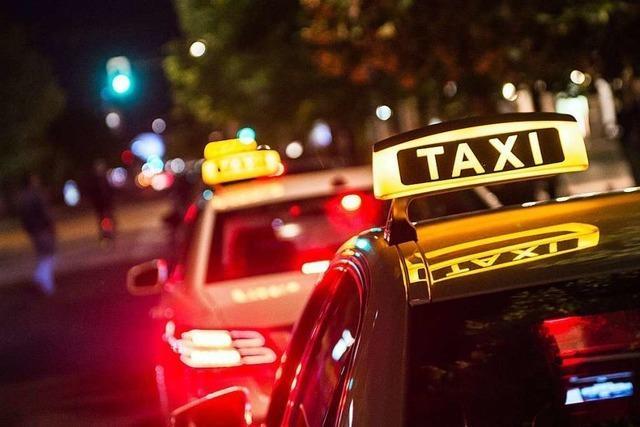 1700 Frauen nutzen pro Monat das Nachttaxi in Freiburg