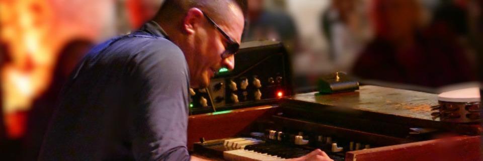Raphael Wressnig und die Igor Prado Band gastieren im Chabah