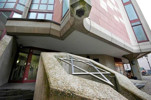 Bekommt die Freiburger Synagoge einen Sicherheitszaun?