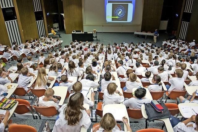Spannende Vorlesungen bei der Kinder-Uni Basel