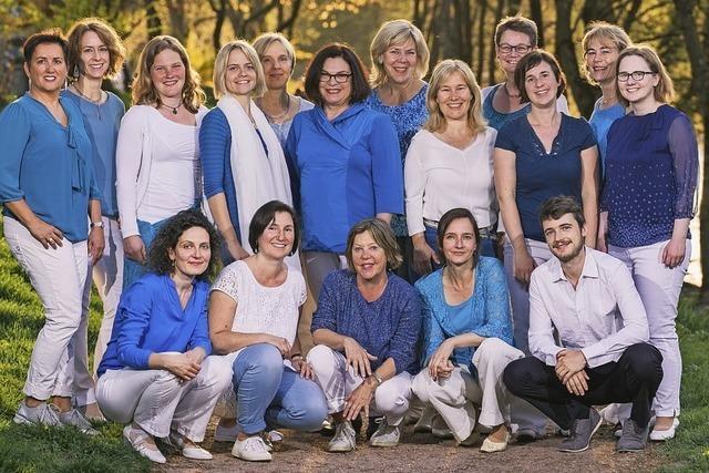 Frauen-Jazz-Chor mit Band gibt Benefizkonzert in der Kirche St. Barbara