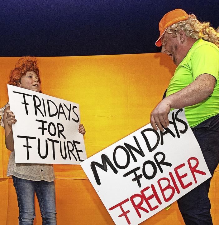 Greta demonstriert - Linus schließt sich mit neuem Slogan an.   | Foto: Wolfgang Scheu