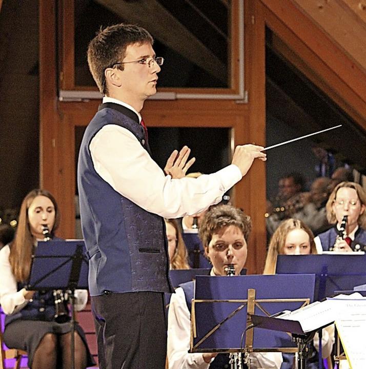 Der musikalische Leiter Martin Müller ...te großen Beifall beim Jahreskonzert.   | Foto: Gert Brichta