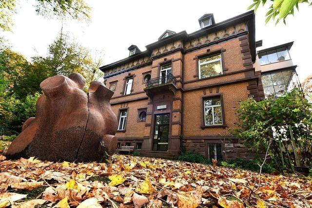 Über der Freiburger Wiehre thront die Villa Mitscherlich