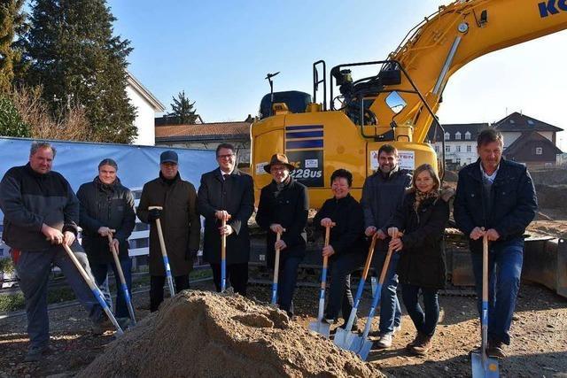 Bau eines Wohn- und Ärztehauses beginnt in Grenzach-Wyhlen