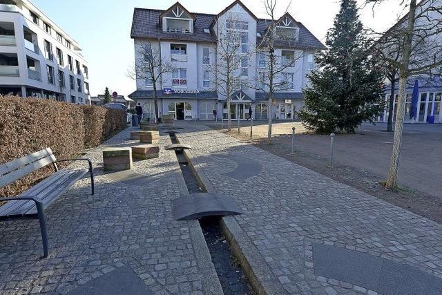 Der Högebrunnenplatz in Hochdarf wird bald fertig