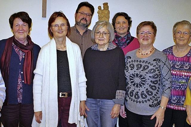 Kirchenchor macht beim Klosterhofsingen mit