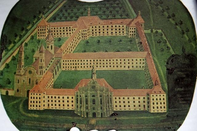 Barocke Krönung nach fast 700 Jahren