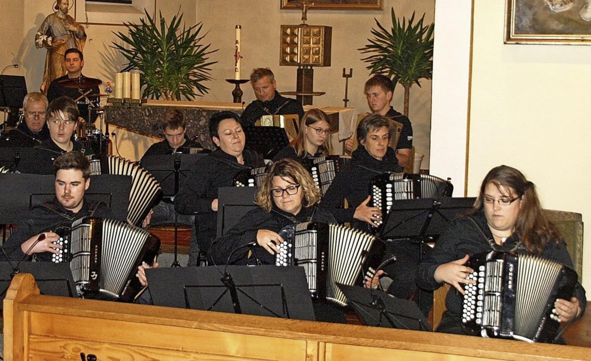Der Handharmonika-Club Albtal  | Foto: Karin Stöckl-Steinebrunner